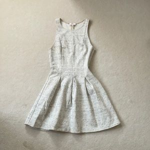 Wilfred Speckled creme fit and flare dress